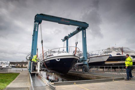 lifting a boat for spring recommissioning